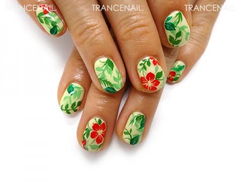 緑と赤い花のイラストネイル